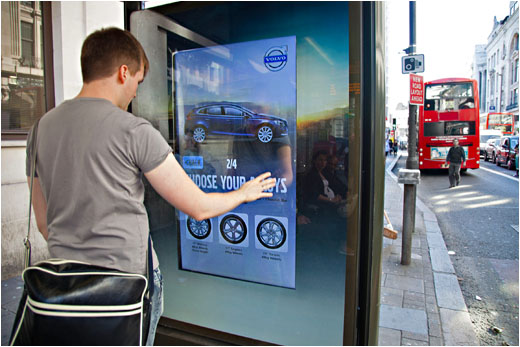 Digital signage engaging content