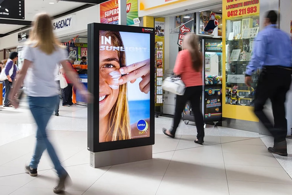 Digital signage market trends: WiFi digital panel