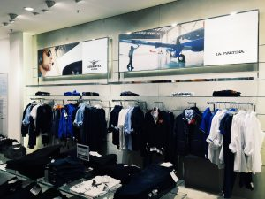 Retail digital signage in stores