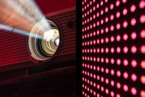 Digital signage news: projectors and video walls